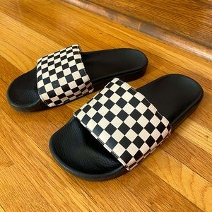 VANS BLACK AND WHITE CHECKERED UNISEX SHOES SZ 9.5